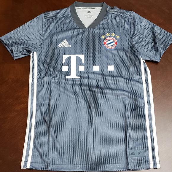 Adidas Authentic FC Bayern Munich Third Jersey NWT